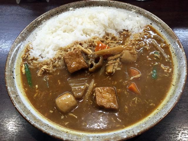 ココイチで11月末までの限定メニュー「蒸し鶏と根菜の和風カレー」