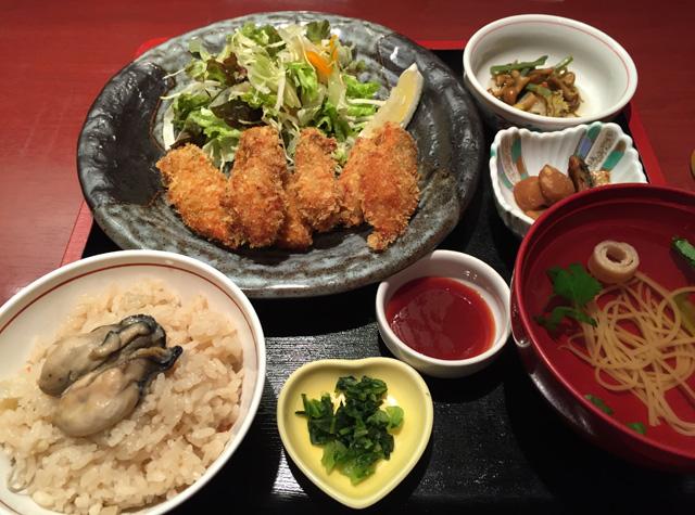 広島での最後は、かき名庵で「カキフライ定食」