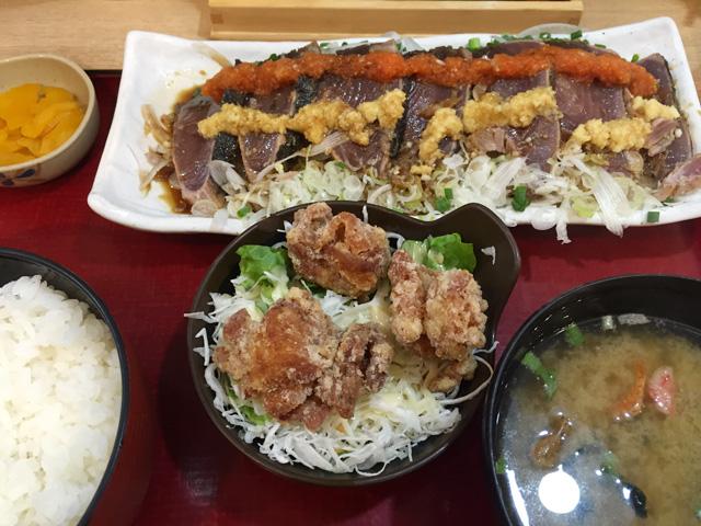 築地食堂 源ちゃん「カツオのっけ盛りと鶏唐揚げ定食」